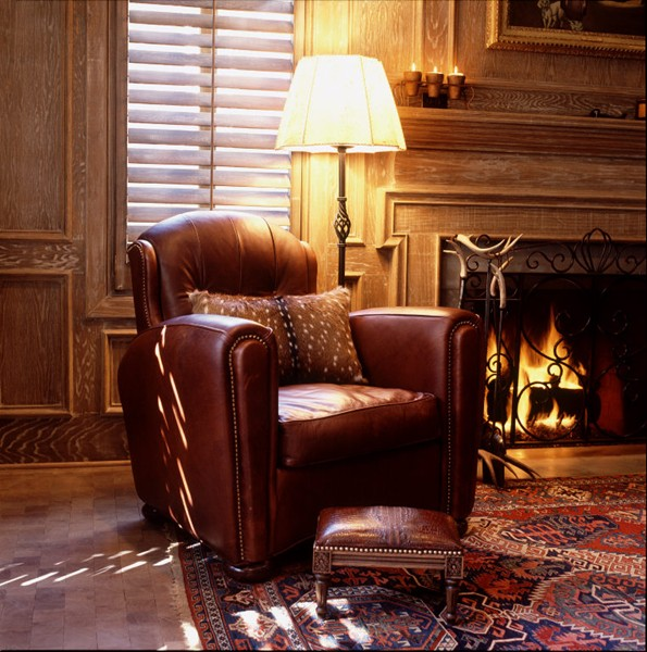 Merveilleux Lounge_chair_and_fireplace
