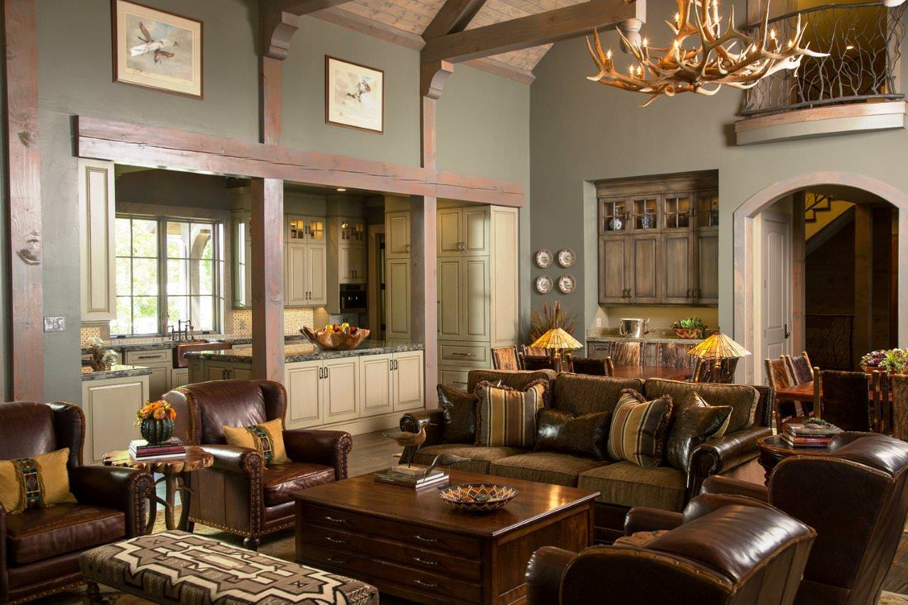 Rustic Family Room Anteks