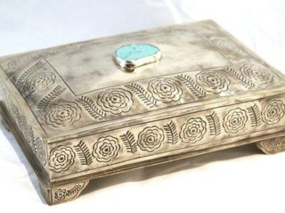 flower stamped silver box with turquoise