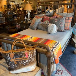 Iron bed with great pillows